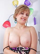 Blonde Pics